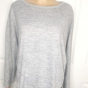 🌸 Comfy Olive and Oak Grey Blouse Size Medium